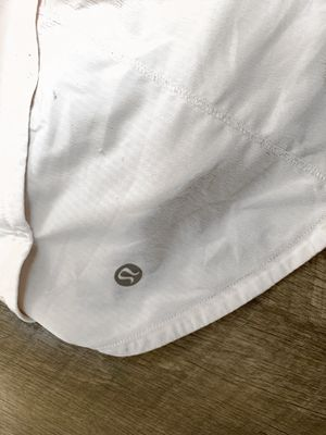 White lululemon shorts for Sale in Franklin, TN
