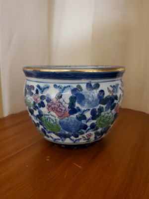 """LITTLE CHINESE FLOWER POT-4"""" H x 5"""" W for Sale in Miami, FL"""