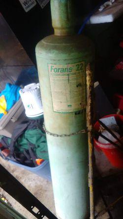 Forane or Freon. R22. Refrigerant 125 lbs. for Sale in Ypsilanti,  MI