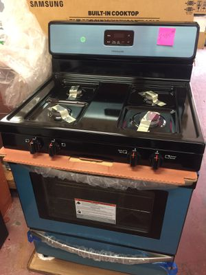"""New stove gas range Frigidaire 4 burner stainless steel w30"""" for Sale in Azusa, CA"""
