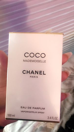 Woman's Chanel perfume/ brand new for Sale in Los Angeles, CA
