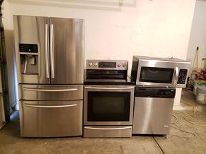 Stainless steel kitchen appliances for Sale in Laveen Village, AZ