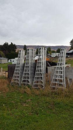 12ft ladders for Sale in East Wenatchee,  WA