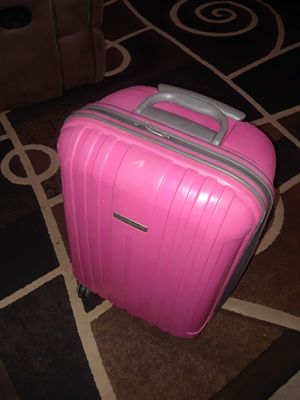 Small suitcase PINK for Sale in Madera, CA