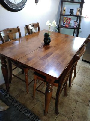 High top table with extendable leaf and four chairs for Sale in Mesa, AZ