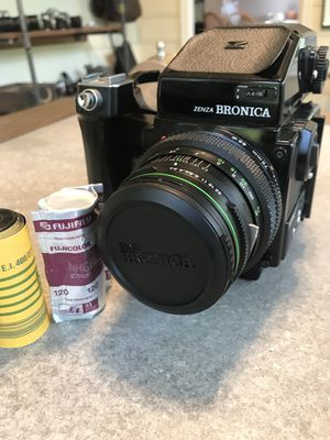 Medium Format- Zenza Bronica ETRSi for Sale in Marietta, GA