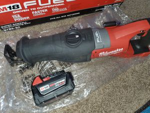 M18 Milwaukee heavy-duty super SAWZALL 15A battery 4.0 for Sale in Paramount, CA