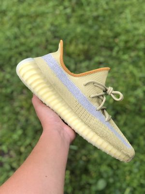 Adidas Yeezy marsh size 10.5 for Sale in Miami Springs, FL