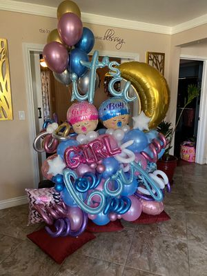 Balloon boquets for Sale in San Bernardino, CA