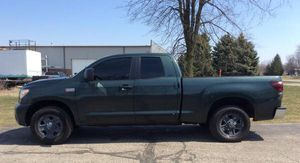 2007 Toyota Tundra Double Cab SR5 Pickup Truck 4Doors 6 1/2 ft Bed 4WD 5.7L V8 engine 4x4 for Sale in Alexandria, VA