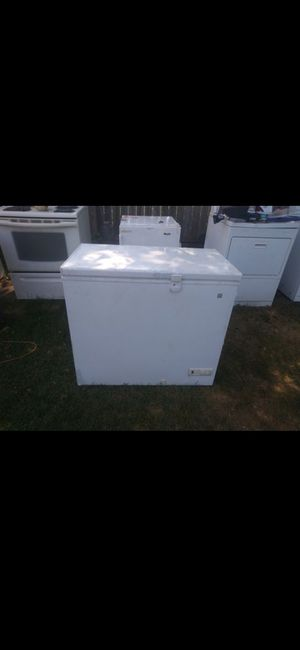 Freezer for Sale in Obetz, OH
