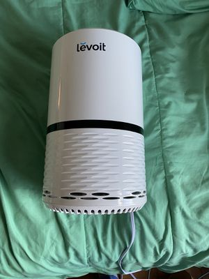 Air purifier w/ HEPA FILTER for Sale in Rosharon, TX