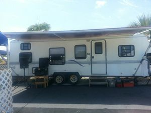 We buy bad trailers for Sale in Miami, FL