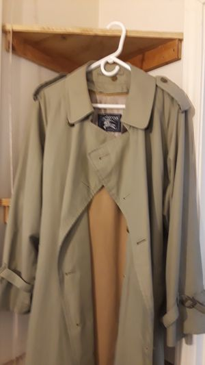 Burberry trench coat for Sale in San Francisco, CA