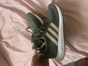 Women's adidas size 9 for Sale in Parma Heights, OH
