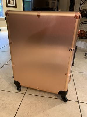 Beauty Makeup Case with Lighting / Luggage Vanity for Sale in Hialeah, FL