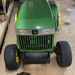 John Deer Lawn Mower for Sale in St. Charles, IL