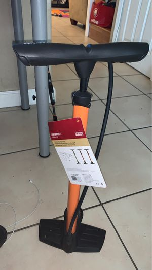 Air tower for bike tires for Sale in Miami, FL