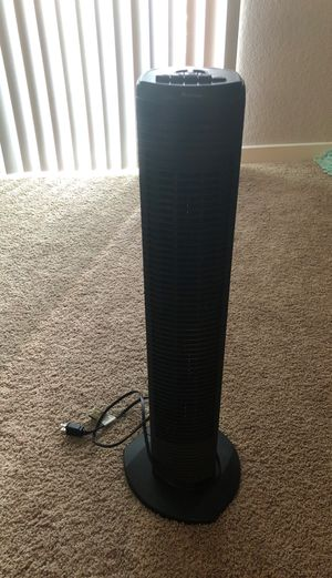 Holmes oscillating tower fan for Sale in Houston, TX