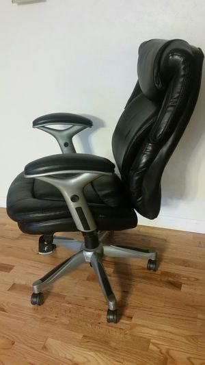 Like New Office Chair for Sale in Bellevue, WA