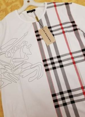 Burberry Large & XL for Sale in Fresno, CA