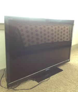 Sony Bravia 45' with original box for Sale in Houston, TX