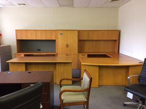 Beautiful office furniture for Sale in Chantilly, VA