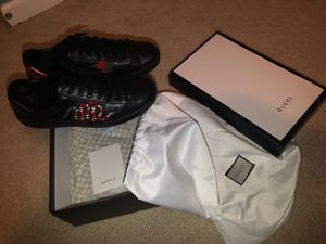 Authentic Black Gucci Ace shoes ! Clean sz10 43 for Sale in Bell Gardens, CA