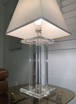 Lucite 4 Column Lamp - MCM 1970s Vintage for Sale in Boca Raton, FL