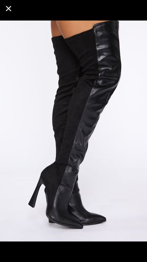 Fashion nova thigh high boots for Sale in Tacoma, WA
