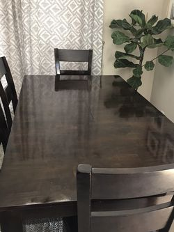 Awesome Dining Room Table, Chairs, and bench for Sale in Tustin,  CA
