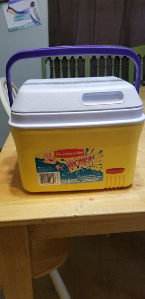 Cooler for Sale in Aurora, IL