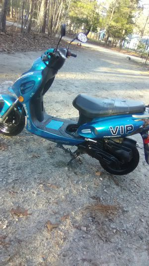 49cc future champion vip scooter for Sale in Apex, NC