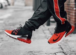 Nike Air Max 270 Flyknit Mens Running Shoes Size 10 for Sale in University Place, WA
