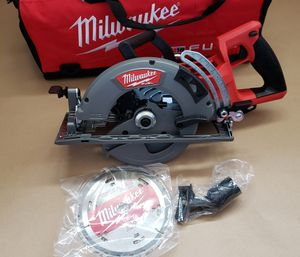 Milwaukee M18 FUEL 18-Volt Lithium-Ion Cordless 7-1/4 in. Rear Handle Circular Saw (Tool-Only) for Sale in Greenville, SC