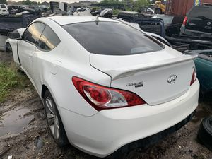 Hyundai Genesis 2013 3.8L FOR PARTS! for Sale in Riverview, FL
