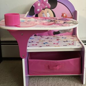 Disney Minnie Mouse Chair Desk with Storage Bin for Sale in Wayne, PA