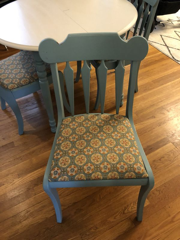 """41"""" kitchen table with 4 chairs (includes 12"""" leaf)"""