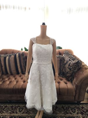 David's Bridal short Wedding dress size 12 Ivory with shawl for Sale in Dearborn, MI