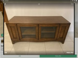 Solid wood TV media cabinet for Sale in Miami, FL
