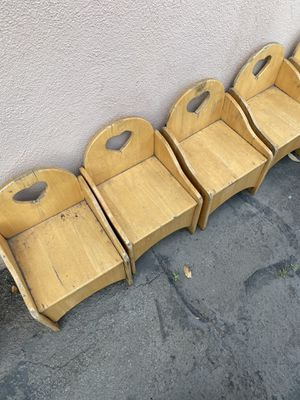Free wood chairs for Sale in Ontario, CA