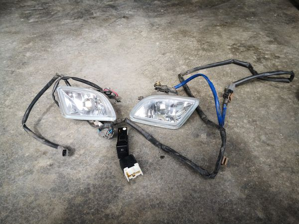Mazda protege 1998- 2003 and 2001-2003 Millenia fog lights