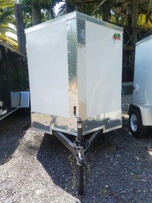 5x8 enclosed trailer NEW 2019 for Sale in Miami, FL