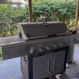 Working Grill Free for Sale in Hollywood, FL