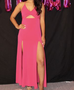 Hot pink dress for Sale in Weslaco, TX