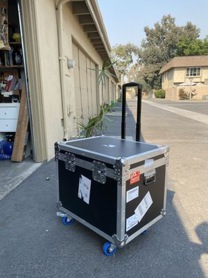 Hard case travel music shipping box. With caster wheels. for Sale in Huntington Beach, CA