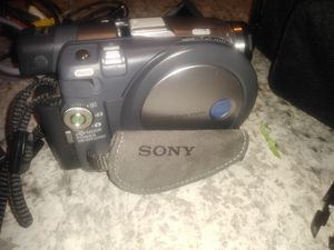 Sony mini DVD camcorder for Sale in Whitehouse, TX