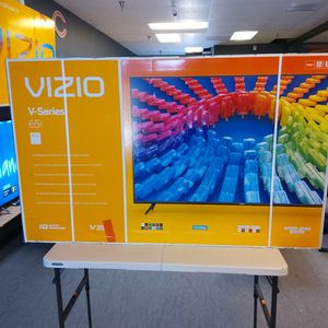 """VIZIO 65"""" 4K SMART TV'S ON SALE NOW 2020 HDR DOLBY VISION AIR PLAY IN BOX WITH WARRANTY TAX ALREADY INCLUDED OUT THE DOOR PRICE - PAYMENT OPTIONS for Sale in Peoria, AZ"""