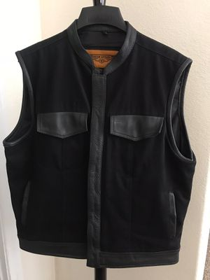 Dream Apparel, XL Leather Motorcycle Vest for Sale in Henderson, NV