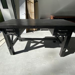 """Jaxon 58"""" Desk (from LivingSpaces) for Sale in San Diego, CA"""